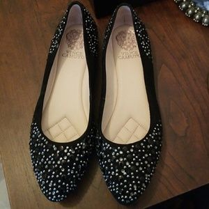 Vince camuto flats woman shoes. Size 7.5